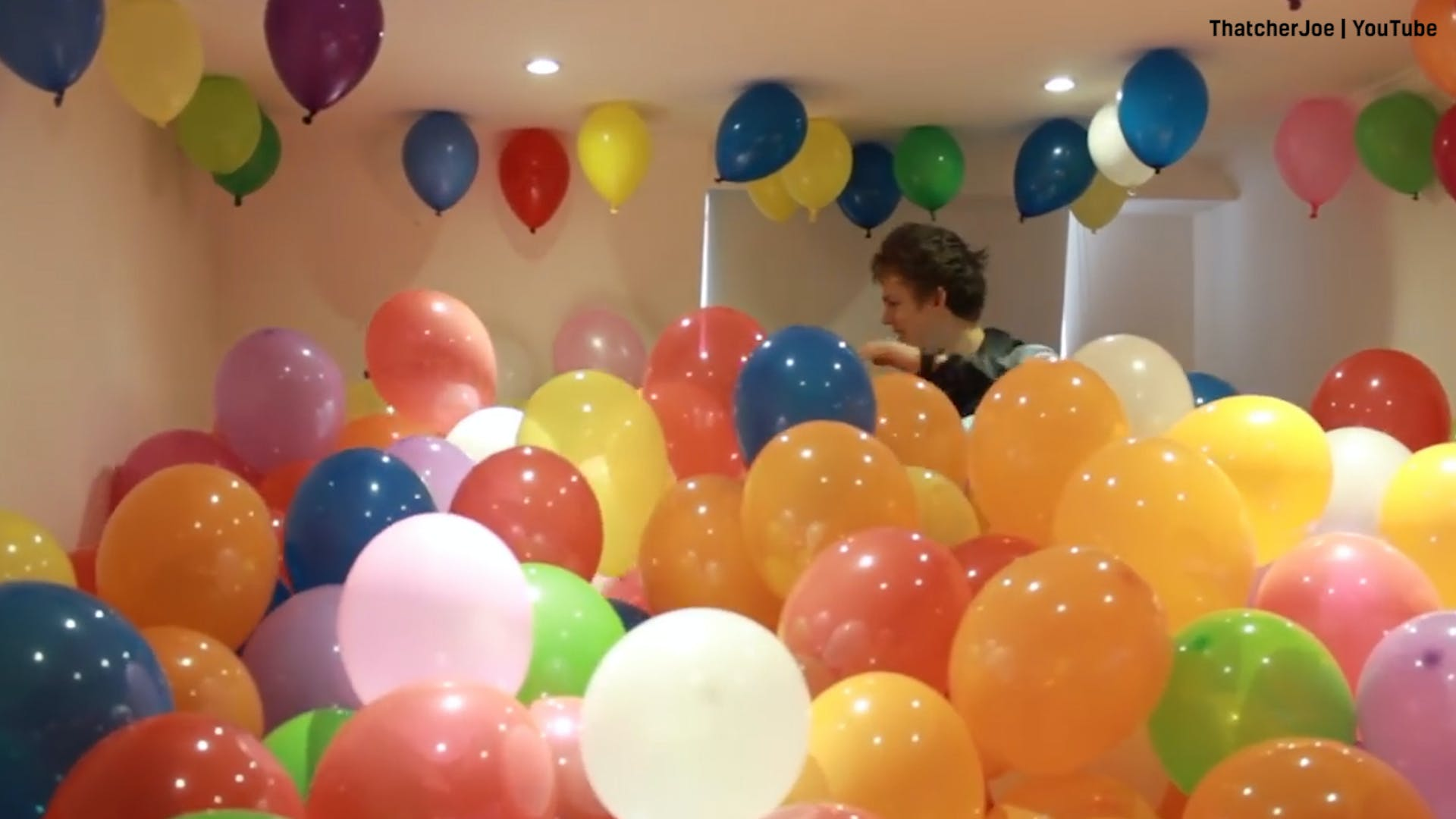 Joe Sugg's balloon prank