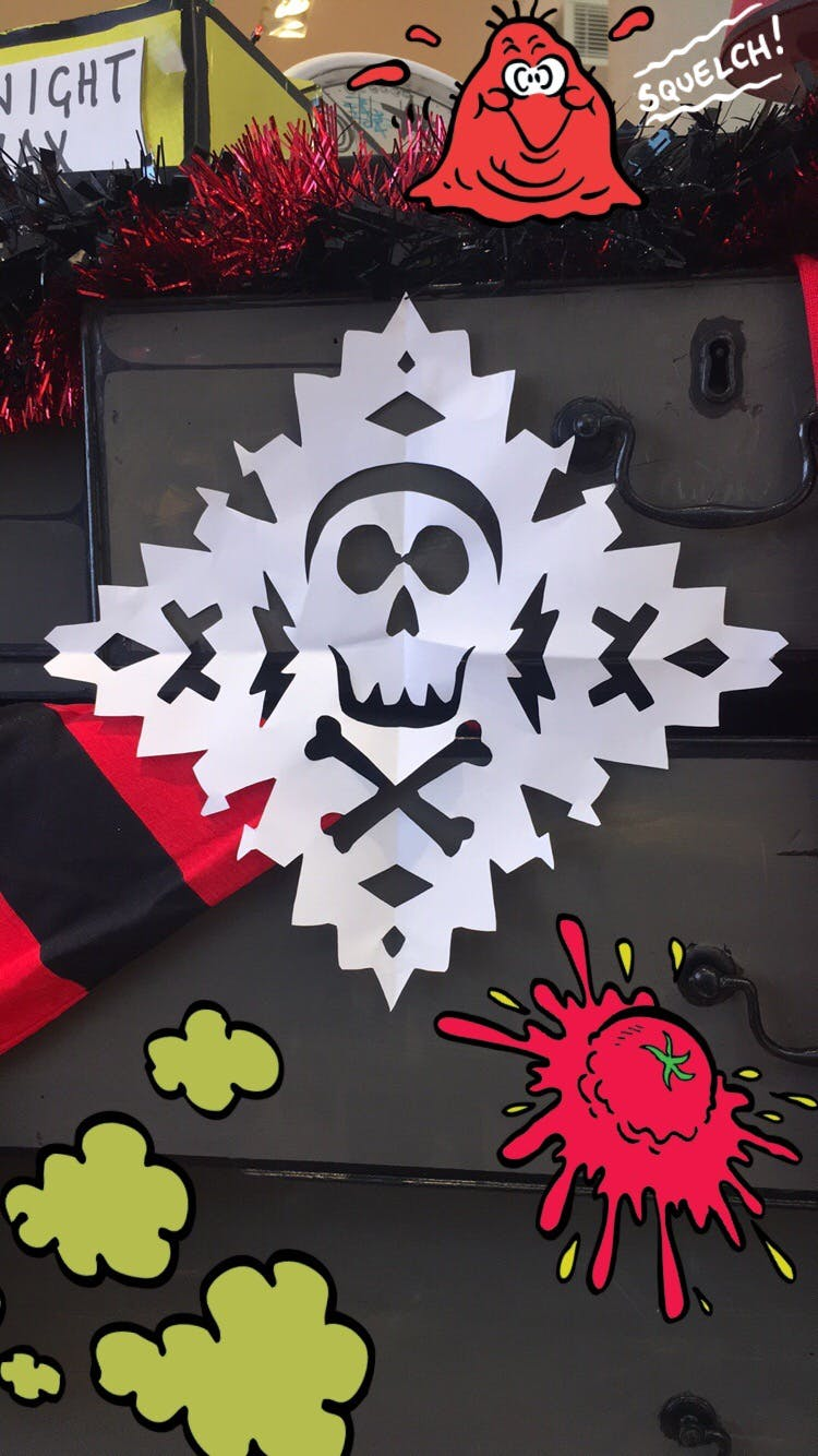 Make A Skull And Crossbones Snowflake Art How To Make